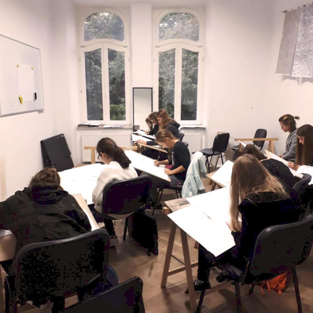 kurs rysunku dla gimnazjalistow 13-16 lat