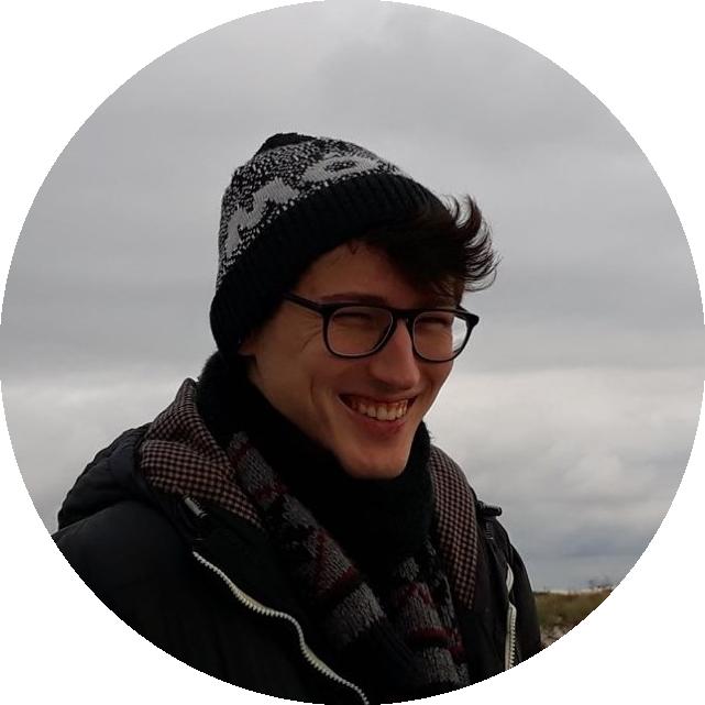 Krzysiek - prowadzący kurs Art & Design